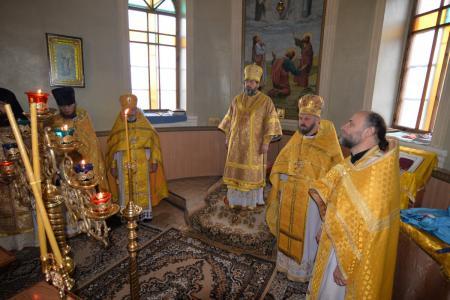 Архиерейская служба в Каланчаке