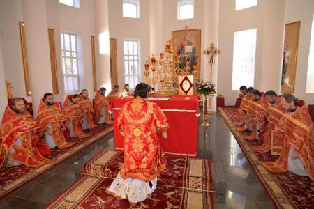 В день памяти вмц. Варвары в Успенском соборе Херсона праздновали престольный праздник