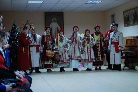 В Херсонской епархии состоялся молодёжный рождественский вечер