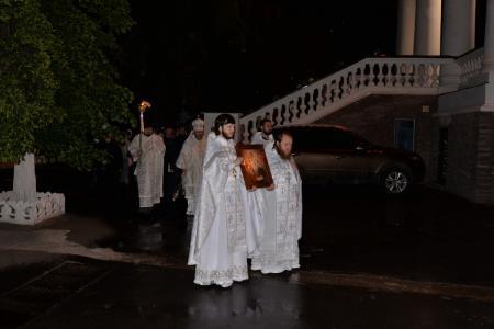 Ночная Литургия в Четверг Светлой Седмицы