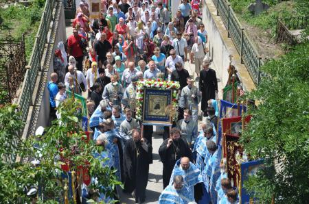 В Херсоне состоялся Крестный ход с Касперовской иконой Божией Матери