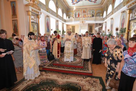 Архиерейское богослужение в Неделю 2-ю по Пятидесятнице