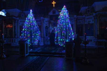 Всенощное бдение накануне воскресного дня в Свято-Духовском кафедральном соборе Херсона