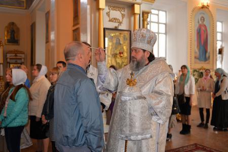 Всенощное бдение накануне Фоминой Недели в Свято-Духовском кафедральном соборе Херсона
