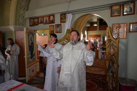 Божественная Литургия в Преображенском храме Каланчака